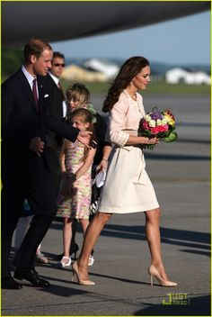 Arrival of the Duke and Dutchess of Cambridge