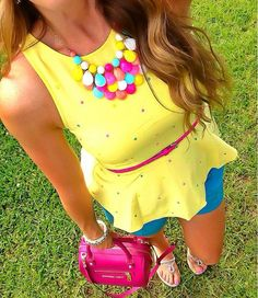 Could this fun top get any cuter?!