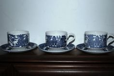 Blue Willow cups and saucers Churchill England by capecodgypsy, etsy