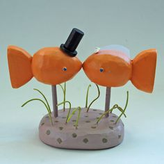 kissing fish wedding cake toppers from bunnywithatoolbelt.com