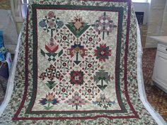 Quilted4You: Delightful Thimbleberries Quilters Garden - pieced by Jan #quilting #longarm
