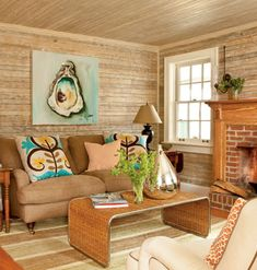 shell art, living rooms, oysters, beach cottages, cottage rooms