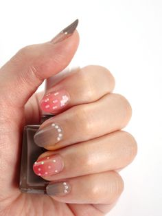Pink & Grey Dotted Nails. Love