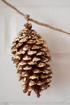 Gold Leaf Pinecone Garland