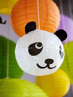 Zoo Birthday Party: animal lanterns