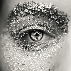 beauti eye, sparkl, makeup, silver, inspir, glitteri eye, glittery eyes, thing, photographi