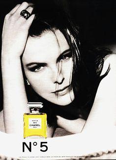 Carole Bouquet (photo par Dominique Isserman, 1991)