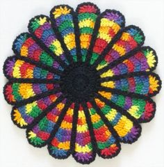 Cathedral Window Potholder - free crochet pattern