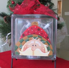 Santa Glass Cube with Twinkle Lights on Black Wire Stand - Christmas Decoration Light. $22.50, via Etsy.