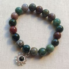 Six tips for making elastic stretch bracelets that last! #lisayangjewelry