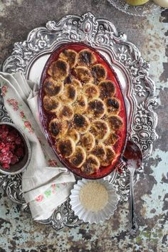 Pear and Raspberry Pie