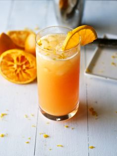 Salty Gator | Cocktail Recipe - A variation of a salty dog which uses oranges in stead of grapefruits.