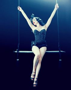 Burlesque/Pin Up Girl Style Icon- Dita von teese