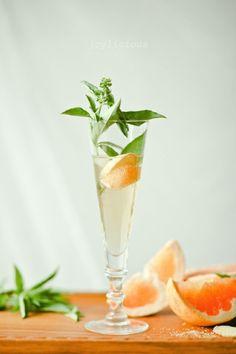 Ginger-basil grapefruit spritzer.