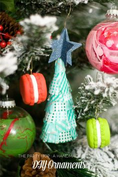 The Party Hop: Handmade Holiday DIY Ornaments