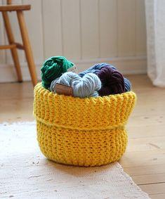 Yarn basket from pickles