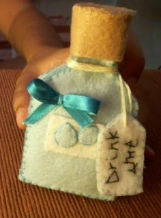 Day 1 of 7 of Alice in Wonderland Plush Tutorial | Hapy Friends Shoppe