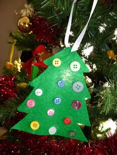 Make a Felt & Button Christmas Tree Ornament Craft, #easy #simple #prek #kindergarten #toddler  #preschool #christmascraft #christmastree #ornament #button #upcycle #recycle #felt #kids #children #diy #craft #home #weekend #December #party #activity