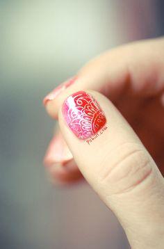 henna nails!