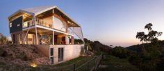 Cincopatasalgato have designed a house in San Salvador, the capital city of El Salvador.