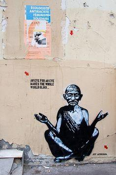 "Jef Aérosol - Rue de l'Arbalète 05è - Ghandi: ""An eye for an eye makes the whole world blind""."