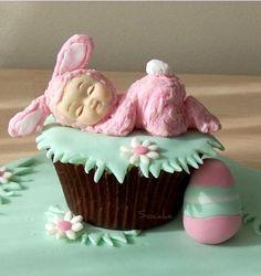 Cute Baby/Bunny cupcake!