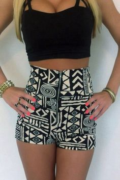 Spring / Summer Outfit - Aztec Shorts - Crop Top