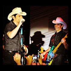 Jeff Gordon and Brad Paisley rocking out!