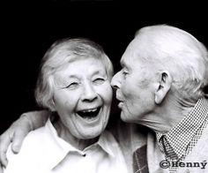 old people in love makes me smile