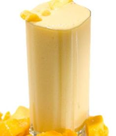 Is a mango smoothie better as a pre- or post-workout snack?