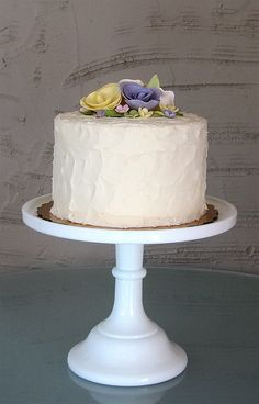 Gorgeous simple cake