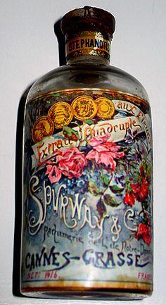 """1900 """"Stephanotis"""" Perfume Bottle, Grasse, France ᘡղbᘠ"""