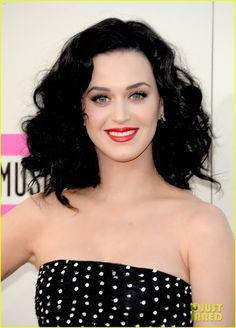 Celeb Diary: Katy Perry @ 2013 American Music Awards