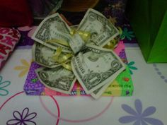 I just love this idea!  Such a cute way to give a gift.
