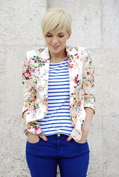 Medium Style Suits With Fresh Flower Print with blue pants