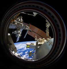 Thank you Don Pettit for the privilege of sharing your window on the International Space Station. And, with our deep gratitude for being such a caring community, we wish all of you – our fellow passengers on Spaceship Earth - a happy 2014. Peace on Earth, and see you next year!
