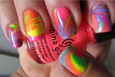 water marble nail art :D