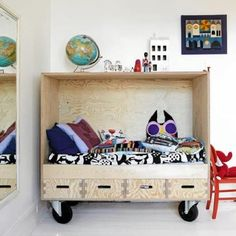 Toddler bed !! Love !!
