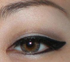 Classic Black Winged Liquid Liner (Cat-Eye/ Egyptian/Cleopatra)