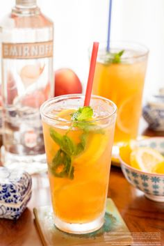 Need a drink to make for your summer crush? Try this Flirtea recipe. 1.5 oz. Smirnoff Sorbet® Light White Peach and 4 oz. diet lemon iced tea. Pour ingredients over ice. Stir & enjoy.