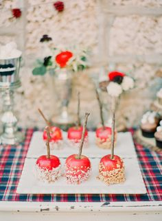 candy apples | Michelle March #wedding