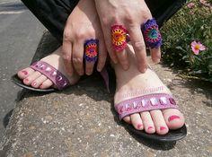 en crochet, multicolor mandala, sequins, crochet jewelri, knit, crocheted rings, beads, mandalas, crochet rings