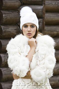 шапка белая с белым песцом