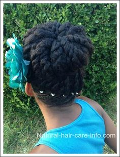 I've been asked to do more updo hairstyles for long hair and ta-da, here's the first one! I love that this updo can be done quite quickly and that it also makes an adorable protective style!