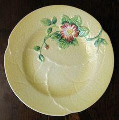 Art Deco : A pretty Carlton Ware hand painted Wild Rose Tea Plate - Australian