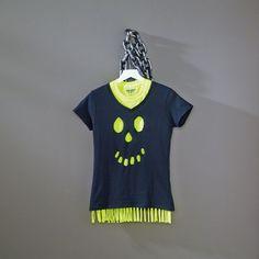 DIY Fringed Skull T-Shirt - easy Halloween costume