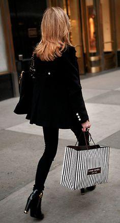 chic shopper #black #monochrome
