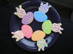 Stunning jellyfish cookies for a mermaid party! #mermaidparty