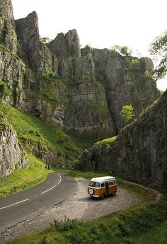 Cheddar Gorge in Somerset, England (by Nigel Atherton)