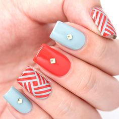 This studded nail art design is hypnotizing! Find out how to replicate it here. #nailart #naildesigns